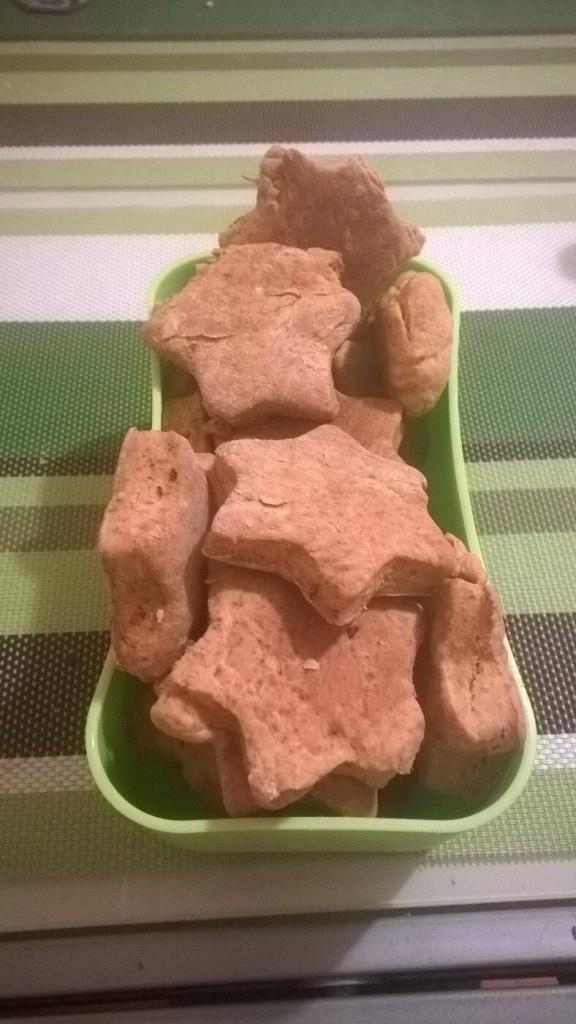 Biscuiti cu sos de rosii